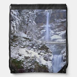 USA, Oregon, Columbia River Gorge Cinch Bag