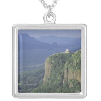 USA Oregon Columbia River Gorge NSA View of Necklace