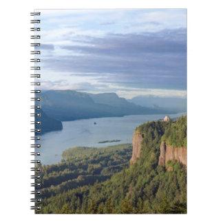 USA, Oregon, Columbia River Gorge, Vista House Notebook