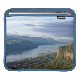 USA, Oregon, Columbia River Gorge, Vista House Sleeve For iPads