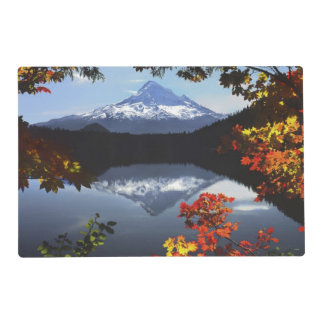 USA, Oregon, Mt. Hood National Forest. Placemat