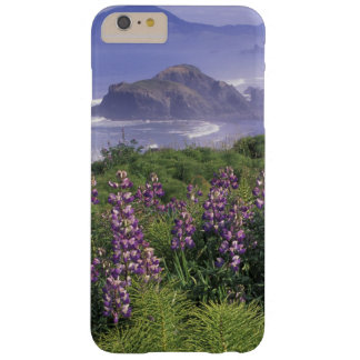 USA, Oregon, Nesika Beach. Lupine and Oregon Barely There iPhone 6 Plus Case