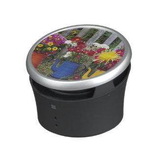 USA, Oregon, Portland. Antique enamelware Speaker