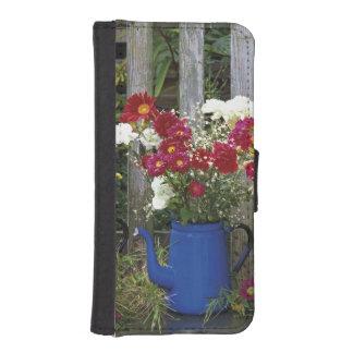 USA, Oregon, Portland. Antique enamelware Phone Wallet Cases