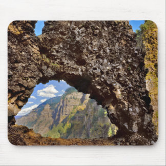 USA, Oregon. Rock Of Ages Arch In Columbia River Mouse Pad