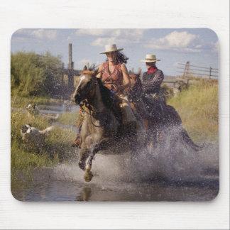 USA, Oregon, Seneca, Ponderosa Ranch. Cowboy 2 Mouse Pad