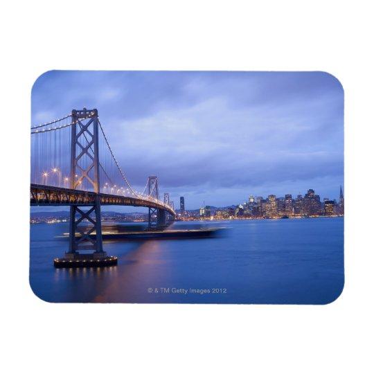 USA, San Francisco, City skyline with Golden 2 Magnet