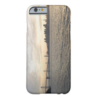 USA, San Francisco, Stadt-Skyline mit Goldenem Barely There iPhone 6 Case