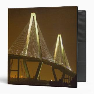 USA, South Carolina, Charleston. Arthur 3 Ring Binder