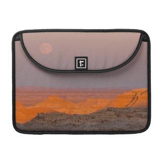 USA, South Dakota, Badlands National Park Sleeve For MacBook Pro