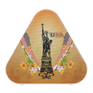 USA Statue of Liberty, flags and flowers Speaker