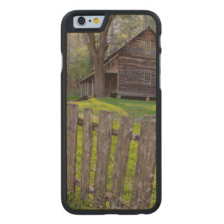 USA, Tennessee, Cabin In Cades Cove Carved® Maple iPhone 6 Slim Case