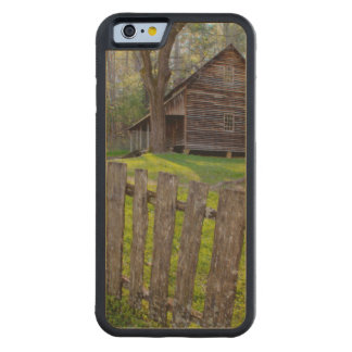 USA, Tennessee, Cabin In Cades Cove Carved® Maple iPhone 6 Bumper