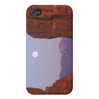 USA, Utah, Arches NP, Full Moon Rising at Cover For iPhone 4