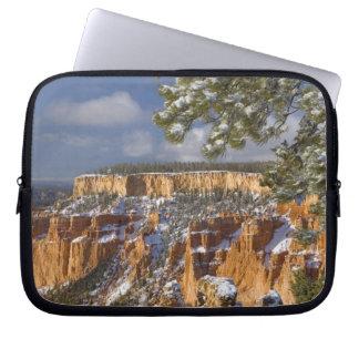 USA, Utah, Bryce Canyon National Park. Sunrise Computer Sleeve