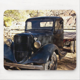 USA, Utah, Capitol Reef National Park, Scenic Mouse Pad