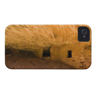 USA, Utah, Cedar Mesa, Mule Canyon. Sandstone iPhone 4 Covers