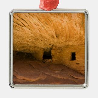 USA, Utah, Cedar Mesa, Mule Canyon. Sandstone Metal Ornament