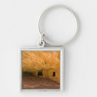 USA, Utah, Cedar Mesa, Mule Canyon. Sandstone Silver-Colored Square Keychain