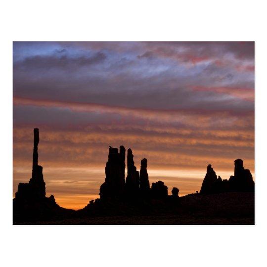 USA, Utah, Monument Valley National Park. 2 Postcard