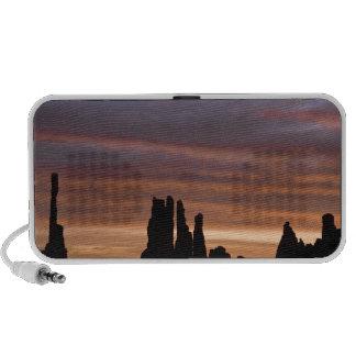 USA, Utah, Monument Valley National Park. 2 Travelling Speaker