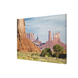 USA, Utah, Monument Valley Navajo Tribal Park. Canvas Print