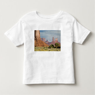 USA, Utah, Monument Valley Navajo Tribal Park. Toddler T-shirt