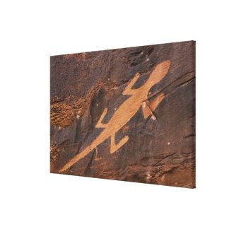 USA, Utah. Prehistoric petroglyph rock art at Canvas Print