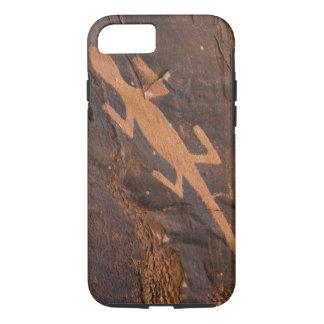 USA, Utah. Prehistoric petroglyph rock art at iPhone 8/7 Case