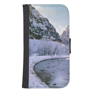 USA, Utah, Zion NP. New snow covers the canyon Galaxy S4 Wallets