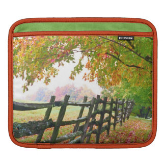 USA, Vermont. Fence under fall foliage. Sleeve For iPads