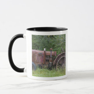 USA, Vermont, MANCHESTER: Antique Farm Tractor Mug