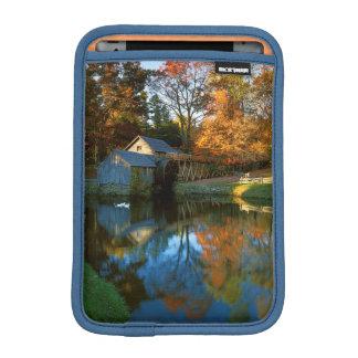 USA, Virginia, Blue Ridge Parkway, Mabry Mill Sleeve For iPad Mini