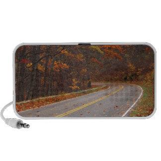 USA, Virginia, Shenandoah National Park, Skyline iPhone Speaker