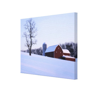 USA, Virginia, Shenandoah Valley, Barn Canvas Print