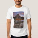USA, Washington, Cascade Mountains.  Prusik Peak T Shirt
