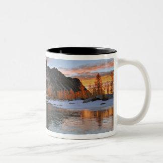 USA, Washington, Cascade Mountains. Prusik Two-Tone Coffee Mug