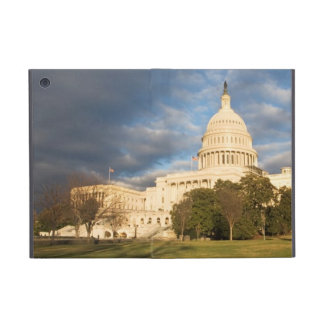 USA, Washington DC, Capitol building Cover For iPad Mini