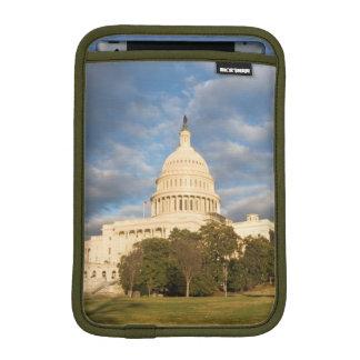 USA, Washington DC, Capitol building iPad Mini Sleeve