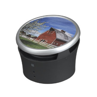 USA, Washington, Ellensburg, Barn Speaker