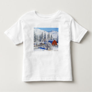 USA, Washington, Methow Valley, Barns in Toddler T-shirt