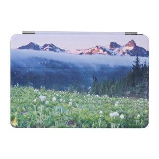 USA, Washington, Mt. Rainier National Park 4 iPad Mini Cover