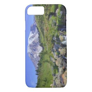 USA, Washington, Mt. Rainier NP, Mt. Rainier and 2 iPhone 7 Case