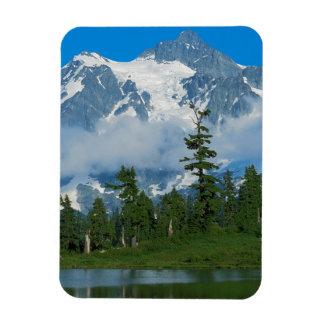 USA, Washington, North Cascades National Park 10 Magnet