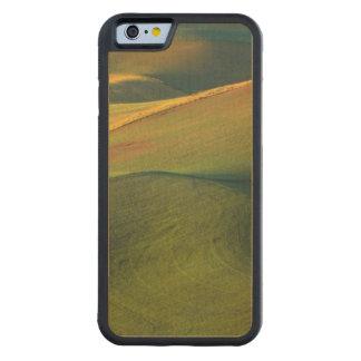 USA, Washington, Palouse, Whitman County Carved® Maple iPhone 6 Bumper Case