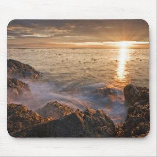 USA, Washington, San Juan Islands.  A dramatic Mouse Pad