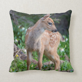 USA Washington State Blacktail Deer Fawn Throw Pillows
