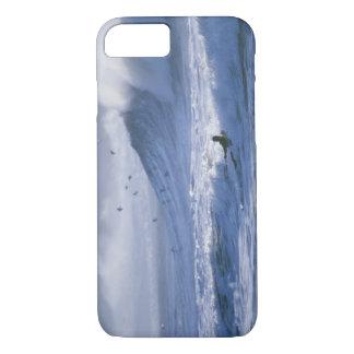 USA, Washington State, La Push. Man kayak iPhone 8/7 Case