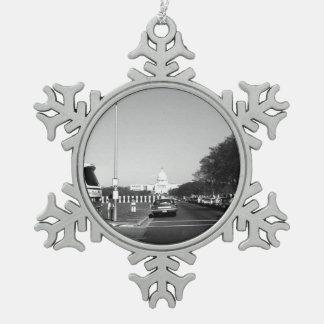 USA Washington The Capitol 1970 Snowflake Pewter Christmas Ornament
