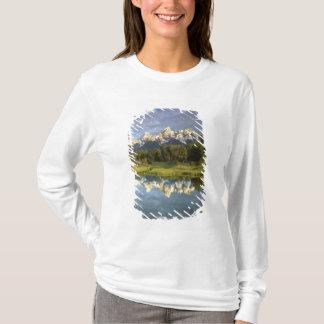 USA, Wyoming, Grand Teton National Park. Grand 2 T-Shirt